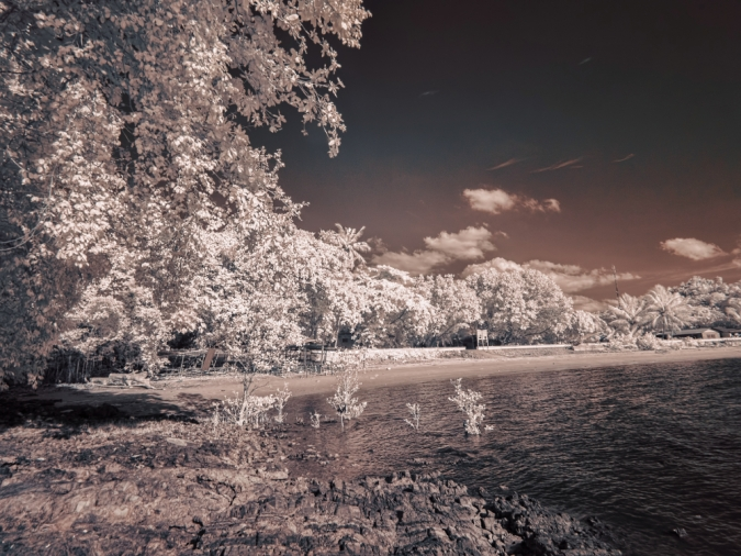 Pasir Panjang beach, captured with Tiffen #87 infrared filter.